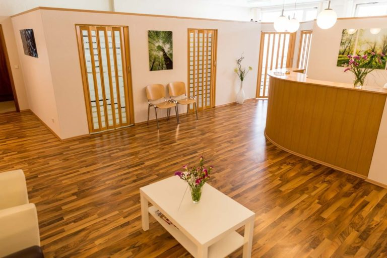 Aschaffenburg Zehen Fuß Behandlung Spangen Praxis (9)